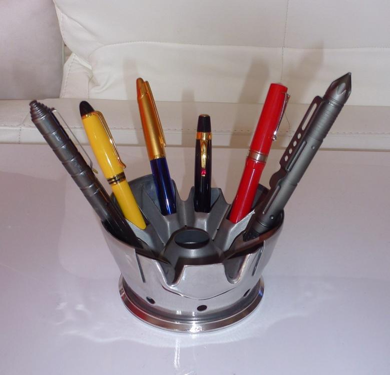 """Porte-stylos """"Réacteur"""" - Vendu 1/4"""
