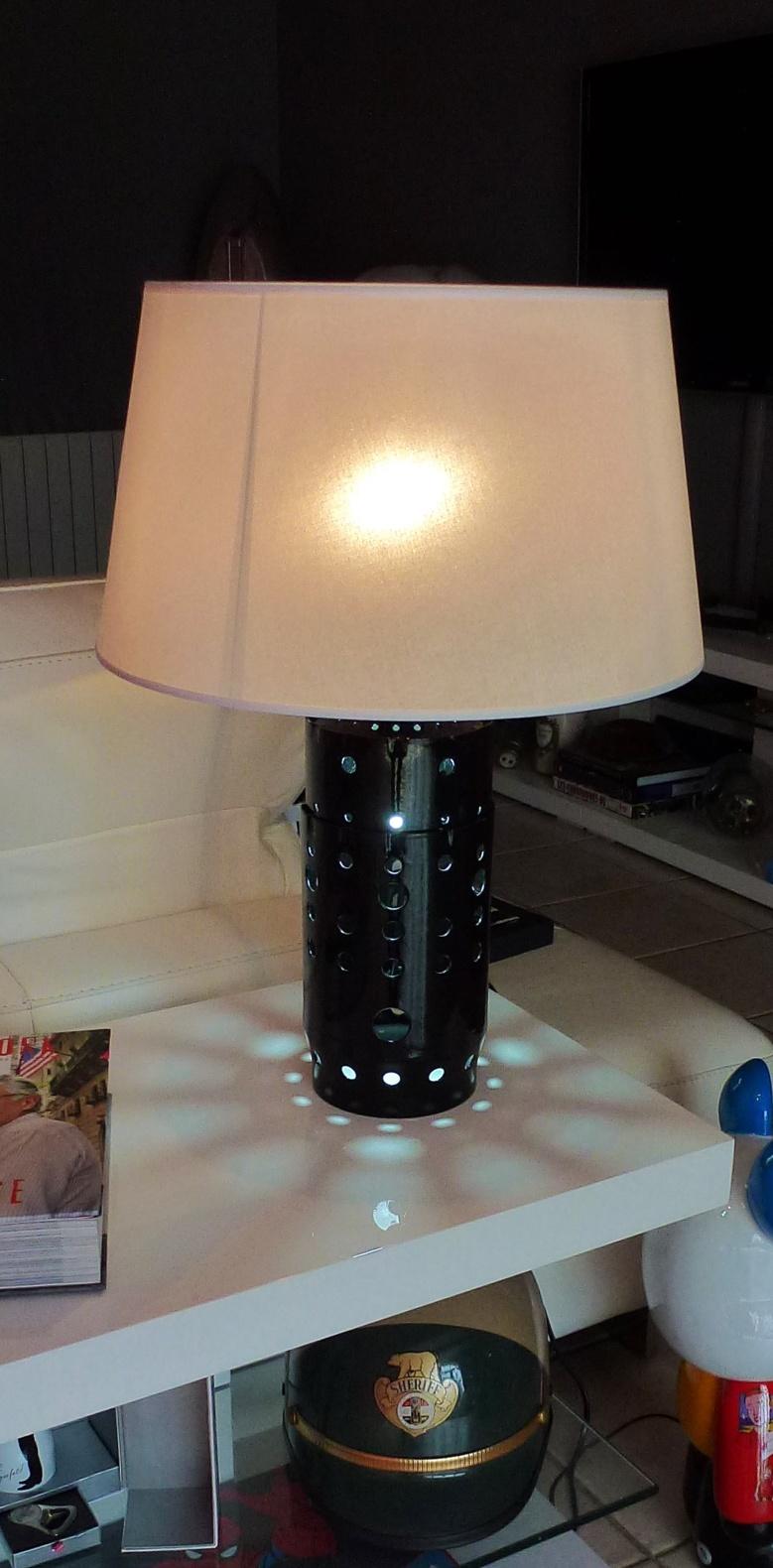 """Lampe """"Chambre de combustion de réacteur"""" (vendue)"""