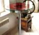 Guéridon haut réalisé avec une couronne de réacteur