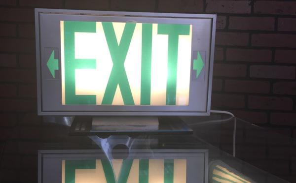 Exit double face